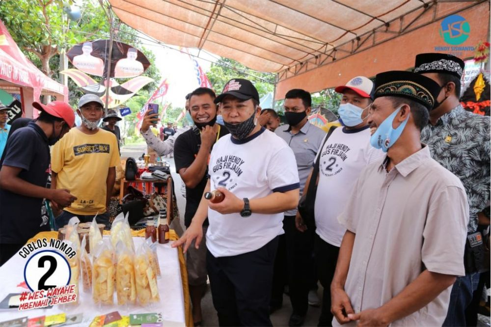 Calon Bupati Jember Haji Hendy Siswanto Hadiri  Festival Layangan