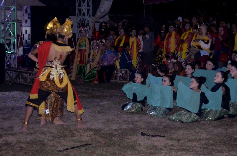 Kilas Budaya Kota Batu Dalam Tari Kolosal Giri Mantana Ing Songgoriti