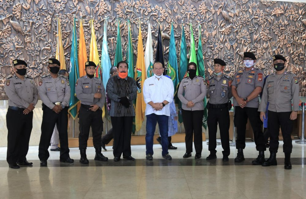 947 Pegawai DPD RI Dapat Tali Asih Dari LaNyalla