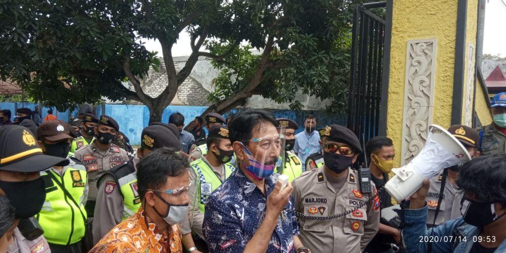 Mahasiswa Gempar Gruduk Dispenduk Capil Bangkalan