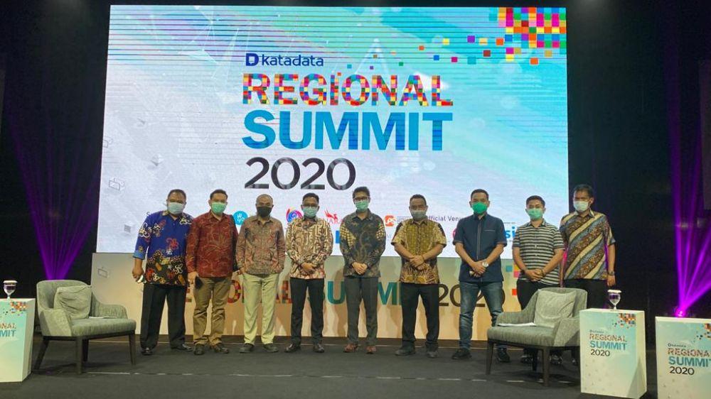 DR Ilham Azikin Bupati Bantaeng Jadi Pembicara Katadata Regional 2020
