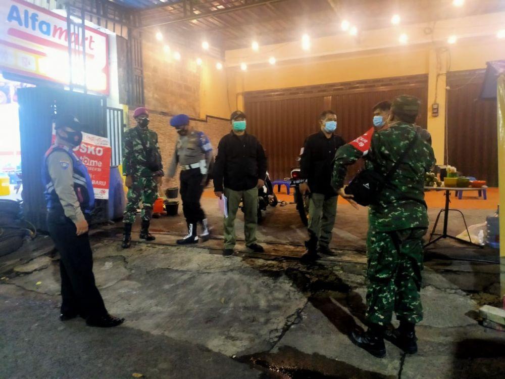 Terapkan Disiplin Prokes, Satgas Menart 2 Mar Adakan Operasi Yustisi