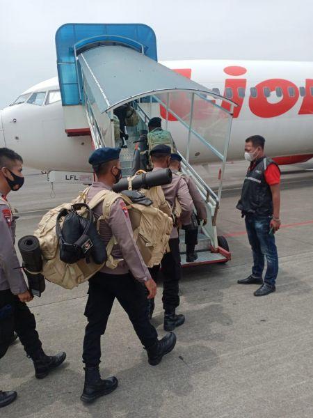 75 Personel Satbrimob Polda Jatim BKO ke Polda NTT