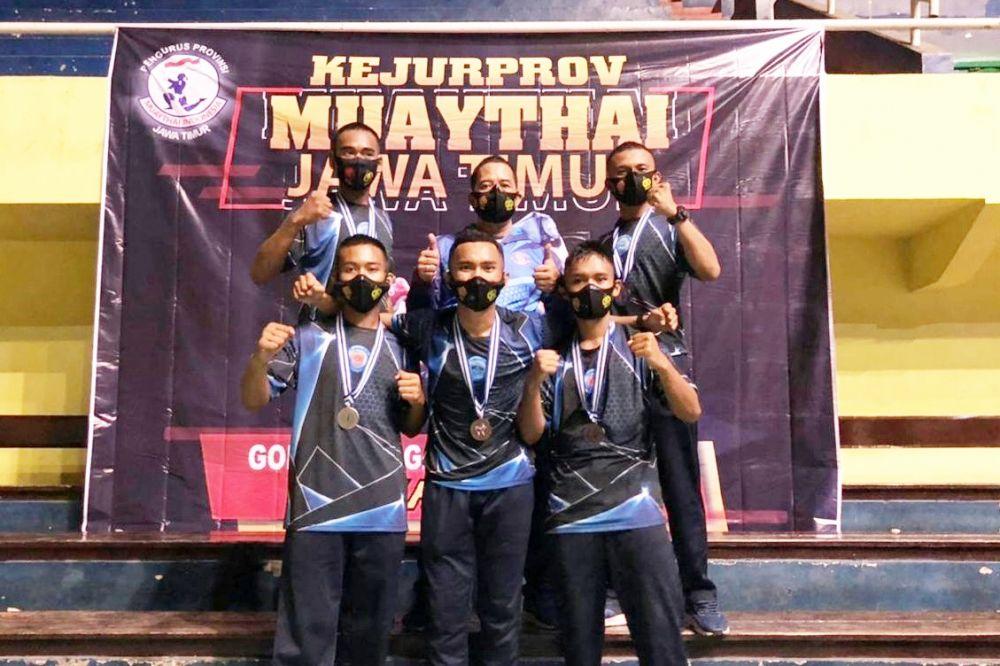 Atlet Muay Thai Menart 2 Mar Sabet Medali Emas di Banyuwangi