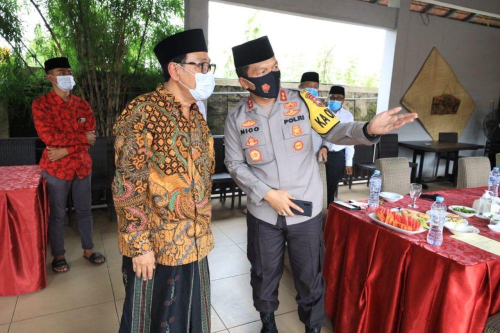 Kapolda Jatim Didukung  MUI Jatim, Laksanakan Program Vaksin Dan PPKM