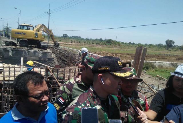 Komandan Kodim 0816 Sidoarjo Meninjau Ke Lokasi TMMD ke 106