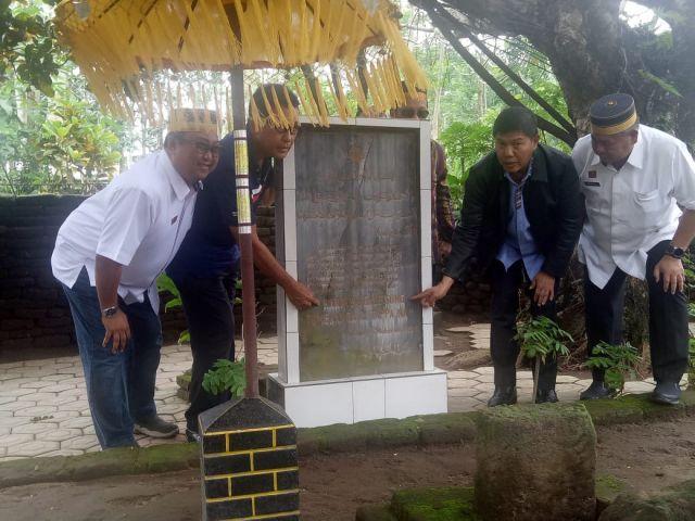 Kunjungan  KKSS  Ke Situs Makam Karaeng Galesong