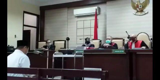 Kasus Suap Bupati Sidoarjo Nonaktif Saiful Ilah Mulai Disidangkan