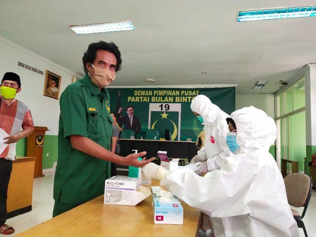 Fungsionaris dan Kader DPP Partai Bulan Bintang di Rapid Test