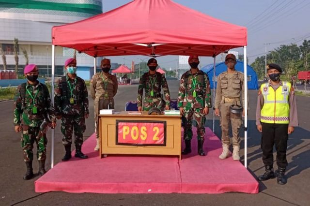 Prajurit Pasmar 2 Korps Marinir AL Tangani Pasien Covid 19 Di Sidoarjo