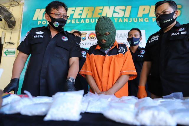 Polisi Gagalkan Peredaran Ratusan Ribu Pil Koplo Di Wonokromo