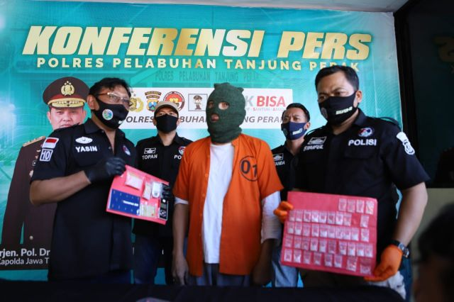Satreskoba Polres Pelabuhan Tanjung Perak Tangkap Pria Pengedar Sabu