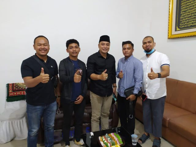 KARSA Komunitas Anak Muda Surabaya Ucapkan Selamat ke Eri-Armuji