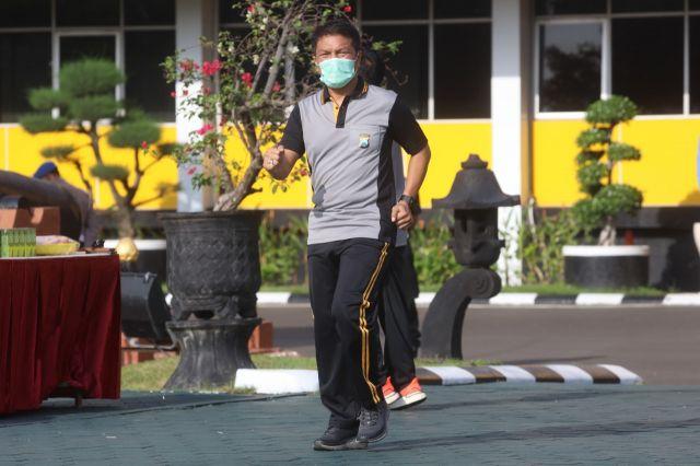 Polda Jawa Timur Rutin Laksanakan Olahraga Untuk Tingkatkan Imunitas