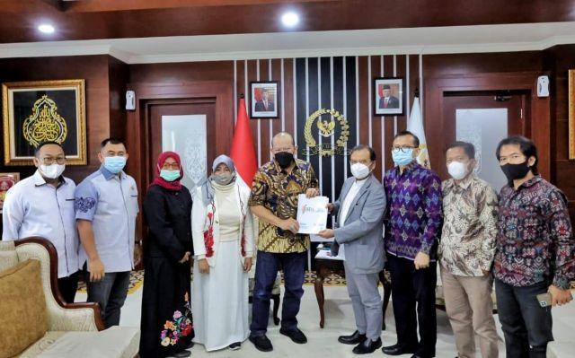 Ketua DPD RI Sorot CSR yang Tidak Merata