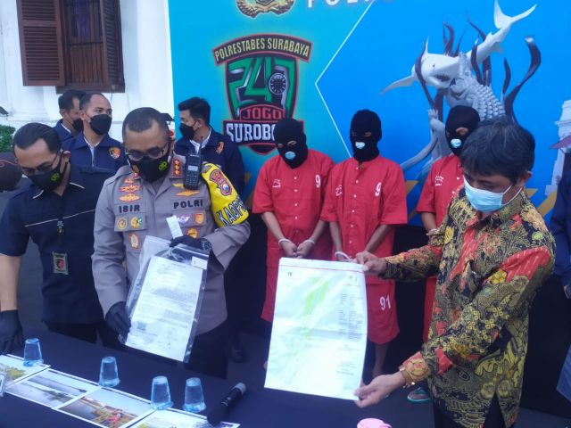 Satreskrim Polrestabes Surabaya Tangkap Sindikat Mafia Tanah