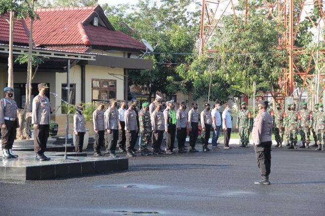 TNI-POLRI, Pemkab Sampang Bersama Jaga Masyarakat Dari Bahaya Covid-19