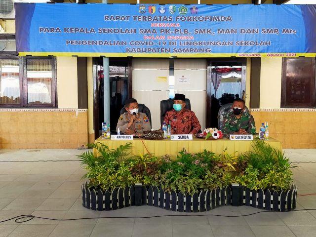 Polres Sampang Hadirkan 252 Kepala Sekolah SMP Dan SMA Se Kab. Sampang